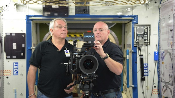 Astronaut Scott Kelly and Neihouse with the modified Imax / Canon camera