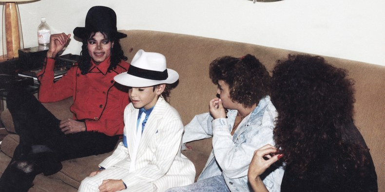 <i>Leaving Neverland</i>